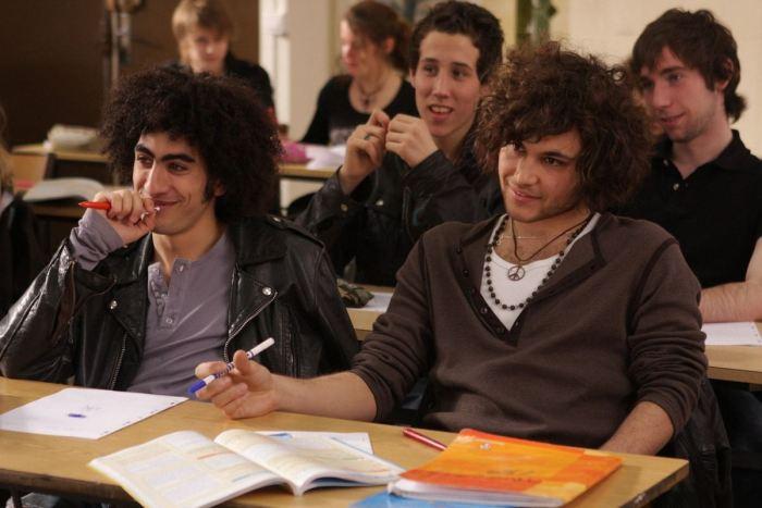 Мелодрамы для подростков про любовь: ТОП-10